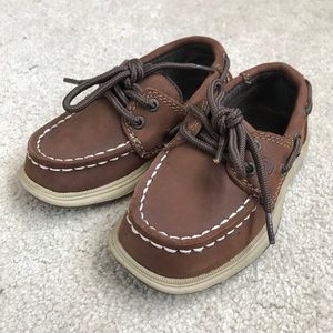 Sperry boat shoes - size 7.5M